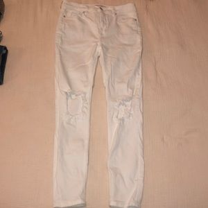 White free people skinny jeans with knee holes